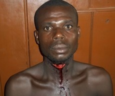 Photo: Man Hacks Wife And Slashes His Throat